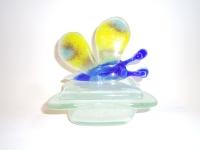 Kleine-vlinder-urn-voor-baby-kind