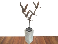 beeld vogels in brons