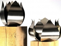 urnen metaal rvs houten zuilen