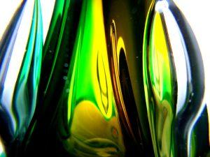 prachtige druppel urn van glas