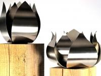 urnen rvs houten zuilen
