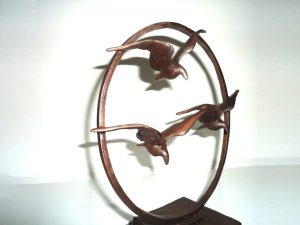 urn beeldjes van brons