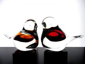 kleine vogel urnen glas