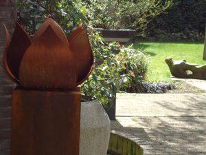 bijzondere urnen metaal voor buiten