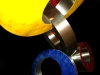 gedenkbeeld metaal ringen saamhorigheid
