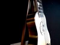 urn modern gitaar kunstherinnering