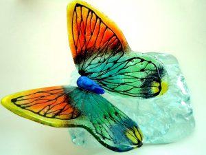 moderne glazen vlinder urnen